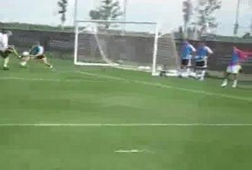 Zinedine Zidane humilie un jeune gardien