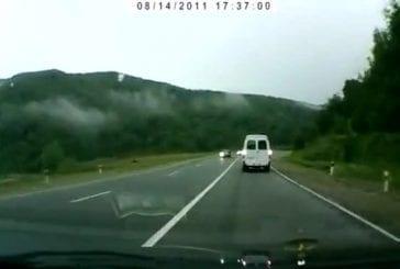 Un accident qui montre que la ceinture de sécurité est indispensable