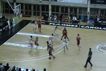 Amel Bouderra , une joueuse de basket réalise le plus beau panier du championnat !