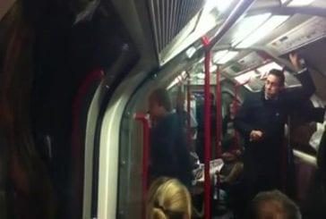 Une ambiance de fête dans le métro !