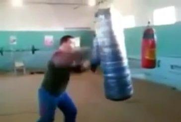 Ne jamais se battre avec ce gars !