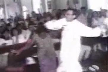 Le curé pête les plombs et attaque une dame
