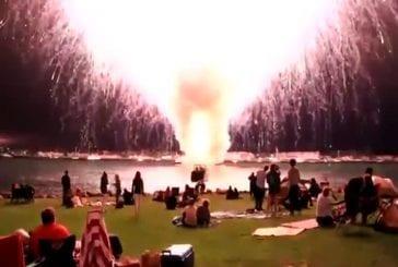 27 minutes de feux d'artifice s'éteint en 30 secondes