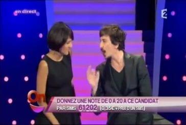 Arnaud Tsamere et Florence Foresti - Changer son or en argent liquide