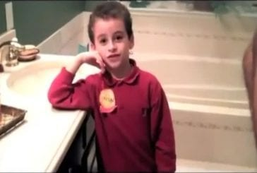 Petit garçon comprend le mariage homosexuel en 43 secondes