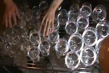 La musique d'Harry Potter avec des verres d'eau