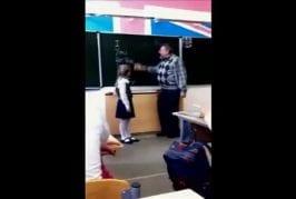 Un enseignant se prend un coup de pied dans les couilles
