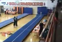 Un joli FAIL d'une gymnaste