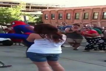 Demande en mariage de Spider Man