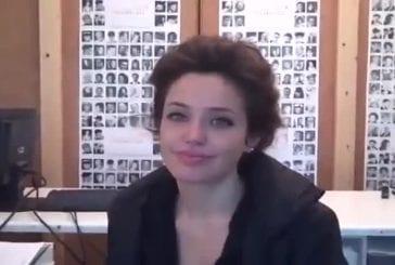 Cette fille veut ressembler à Angelina Jolie