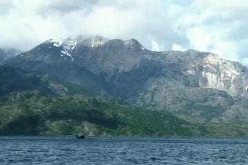 Deep Water Soloing In Patagonia Red Bull Psicobloc