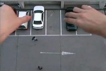 Jouer aux petites voitures