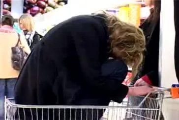 Supermarket flashmob