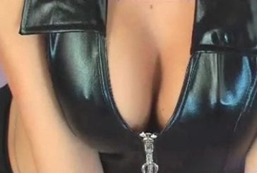 Eve Angeli fait une séance de photos sexy