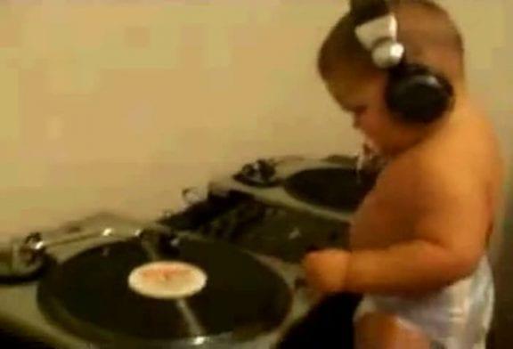 DJ bébé