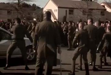 Soldats de Nouvelle-zélande rendent hommage à leurs cammarades
