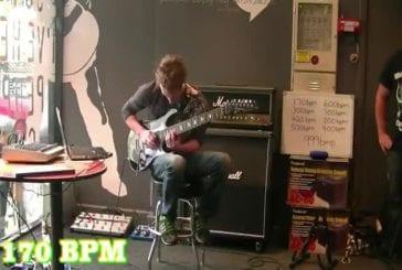 Le plus rapide joueur de guitare au monde