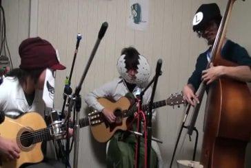 3 musiciens font un medley de Super Mario Bros