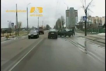 Compilation d'accidents de la route en Russie
