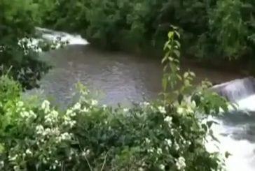 Quand la rivière se déchaîne subitement