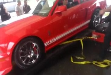 Cette voiture Shelby GT500 détruit un appareil de contrôle technique