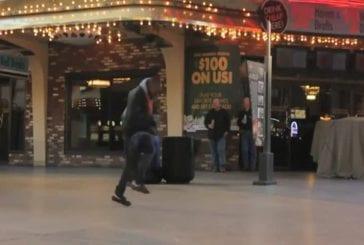 Des gens dansent sur Rammstein à Las Vegas