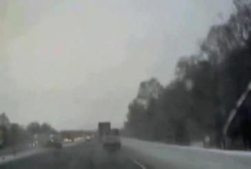 Accident de camion filmé de l'intérieur