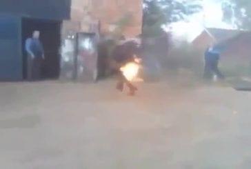 Homme russe se fait exploser