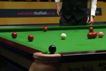 Moment de tension dans un match de snooker