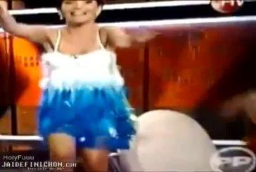 Elle chute sans culotte à la télévision chilienne
