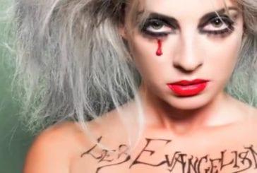 Eve Angeli se la joue Lady Gaga
