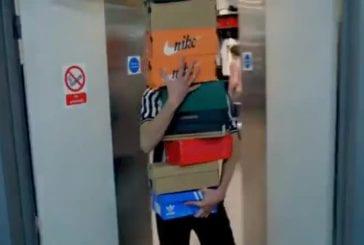 Journée normale dans une boutique Foot Locker