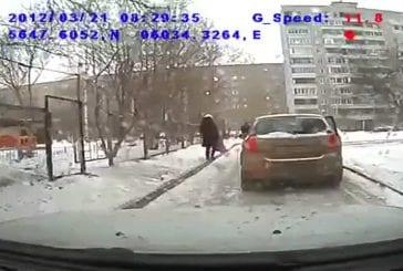 La methode des femmes Russes pour se garer