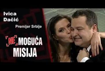 Une journaliste serbe sans culotte face au premier ministre
