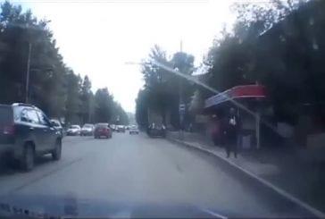 Gangsters russes tentent de voler une voiture