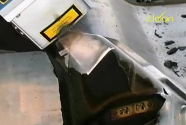 Enlever des résidus de caoutchouc au lazer