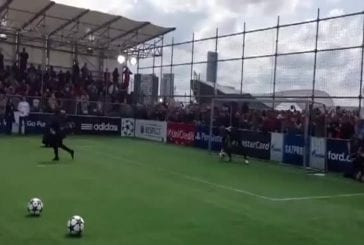 Will Smith réalise le pire penalty au monde