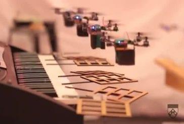 Drones interprètent le thème de James Bond