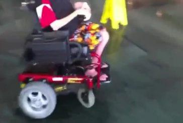 A la dérive dans un fauteuil roulant