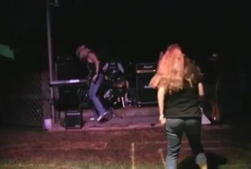 Rockband fan faceplant