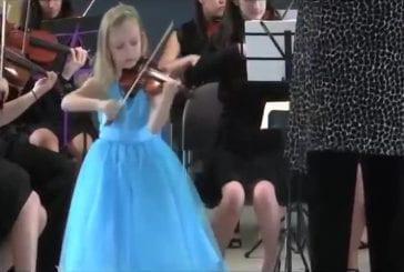 Vivaldi joué avec orchestre par une violoniste de 6 ans