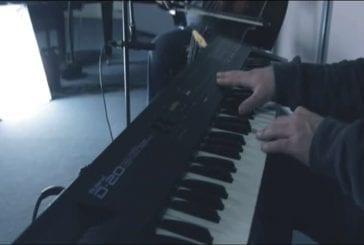 Sunshine joué par un quatuor composé d'un seul homme
