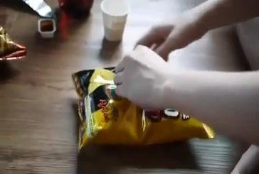 Une manière intelligente d'ouvrir un paquet de chips