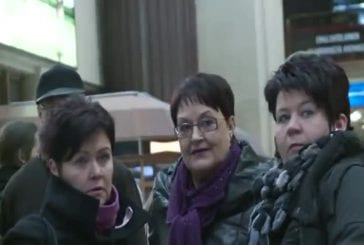 Flashmob dans la gare principale d'Helsinki en finlande