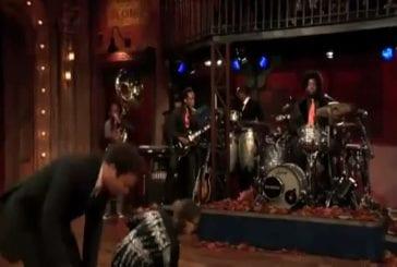Rashida Jones et Jimmy Fallon medley de vacances