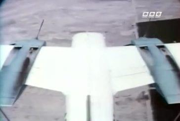 Les moteurs de ce voltigeur s'arrêtent en plein vol