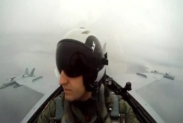 Caméra GoPro dans un F-18