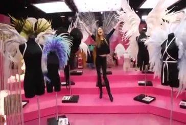 Les anges de Victoria Secret chantent Taylor Swift