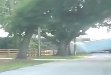 Train heurte un camion de pastèques