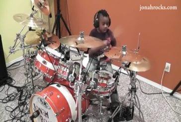 Reprise de Everlong à la batterie par un enfant de 7 ans